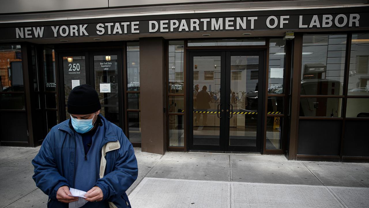 Wall Street Journal senior writer Jon Hilsenrath discusses employment during the coronavirus crisis.