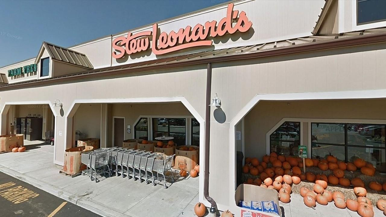 Stew Leonard's CEO Stew Leonard Jr. discusses the demand for staple items amid coronavirus concerns.
