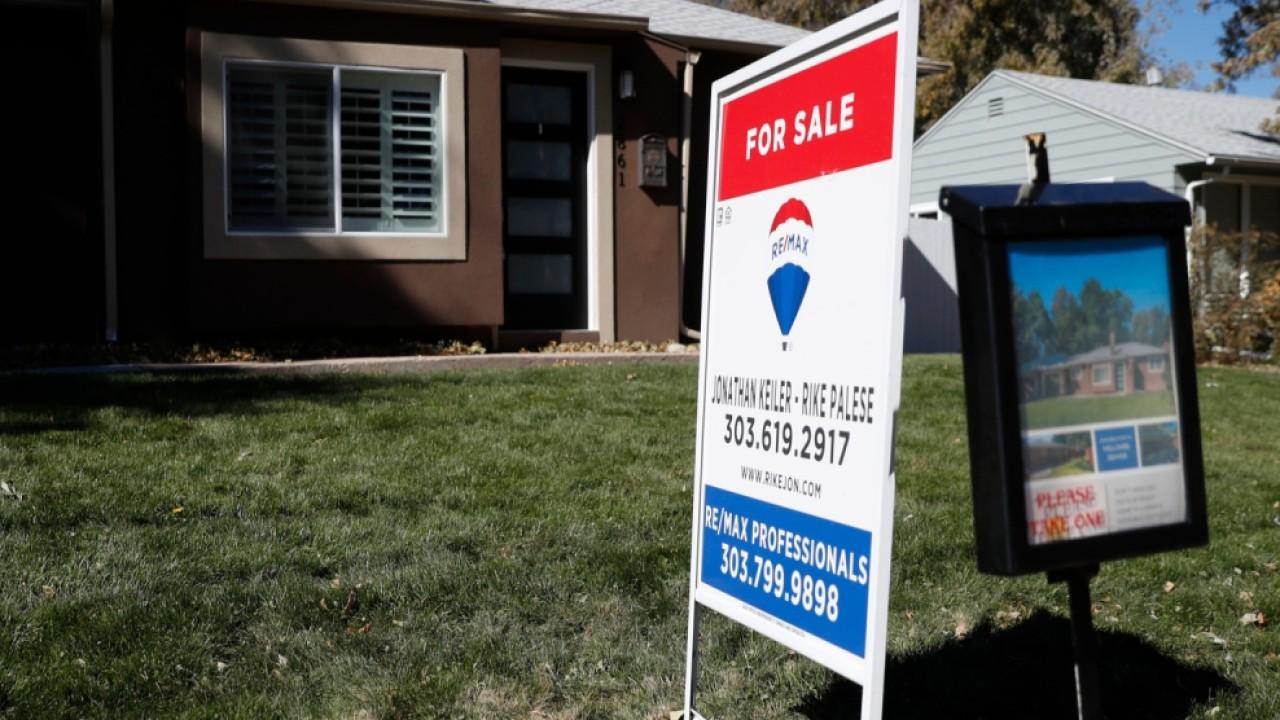 LoanDepot CEO Anthony Hsieh discusses his outlook for the housing market.