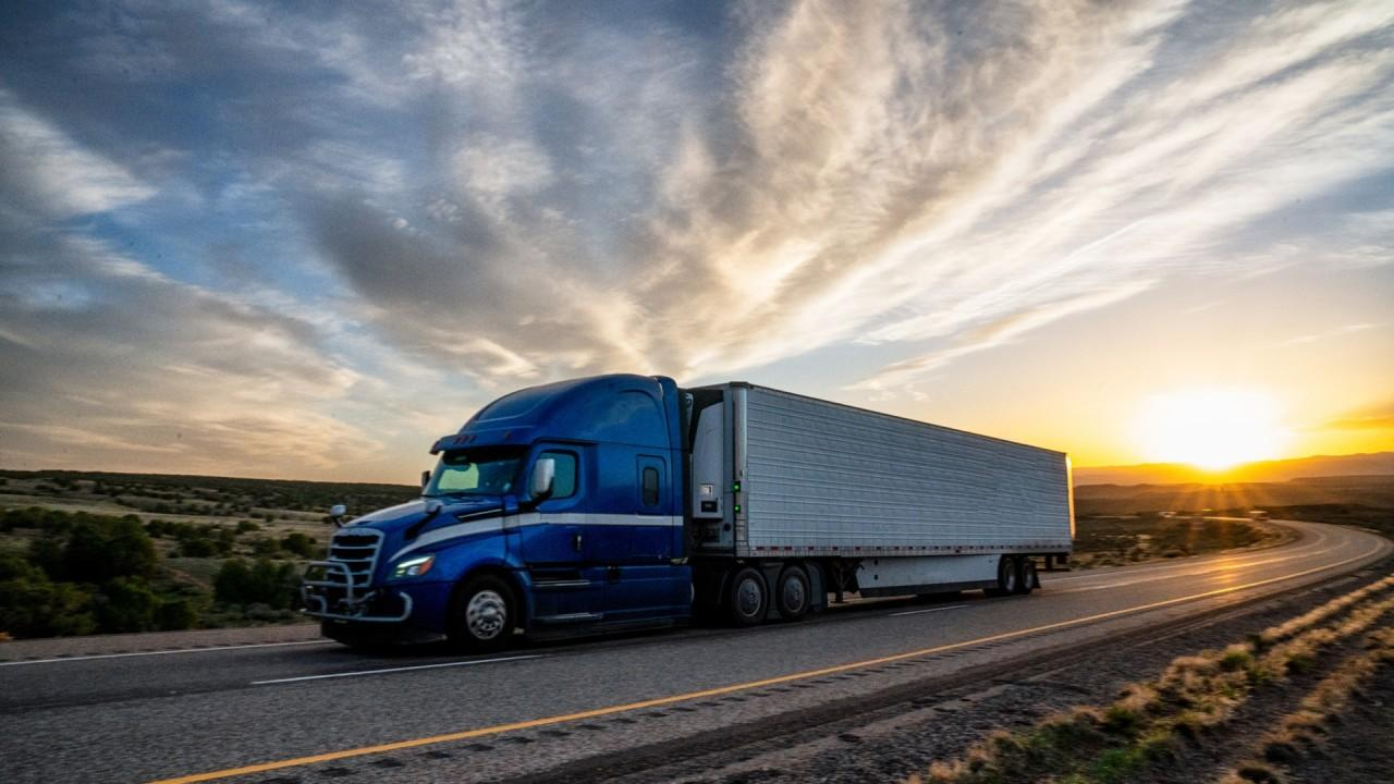 Truck drivers continue to make deliveries regardless of coronavirus shutdowns. FOX Business' Jeff Flock with more.
