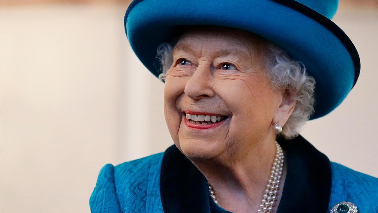 Queen Elizabeth is having her 94th birthday party on Zoom amid the coronavirus lockdown. FOX Business' Lauren Simonetti with more.