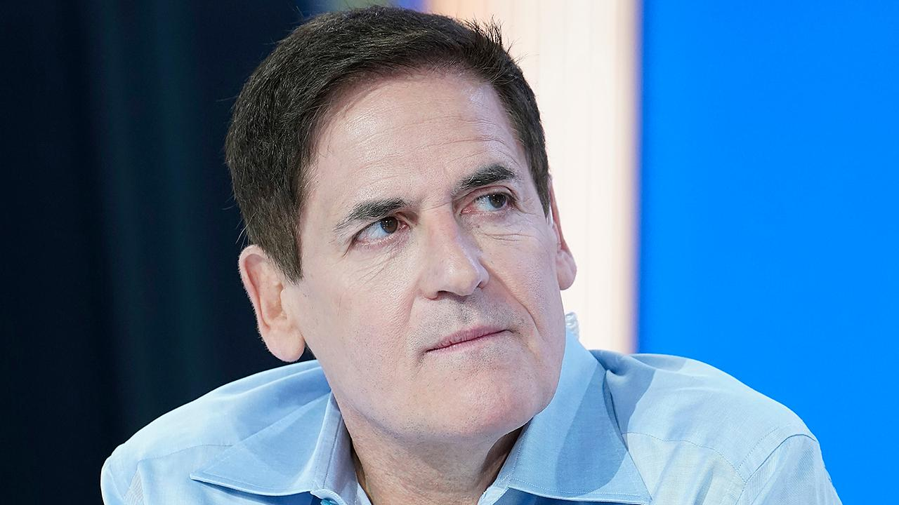 Billionaire entrepreneur and Dallas Mavericks owner Mark Cuban joins Chris Wallace on 'Fox News Sunday.'