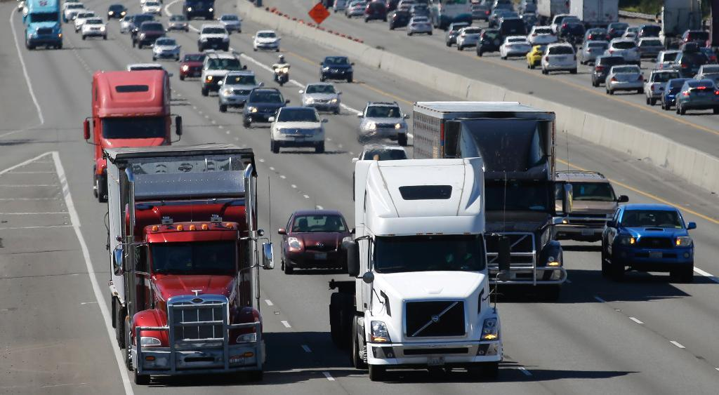 Drivers in the trucking industry are asking for help during coronavirus, such as more safety equipment, as well as some longer-term requests. FOX Business' Grady Trimble with more.