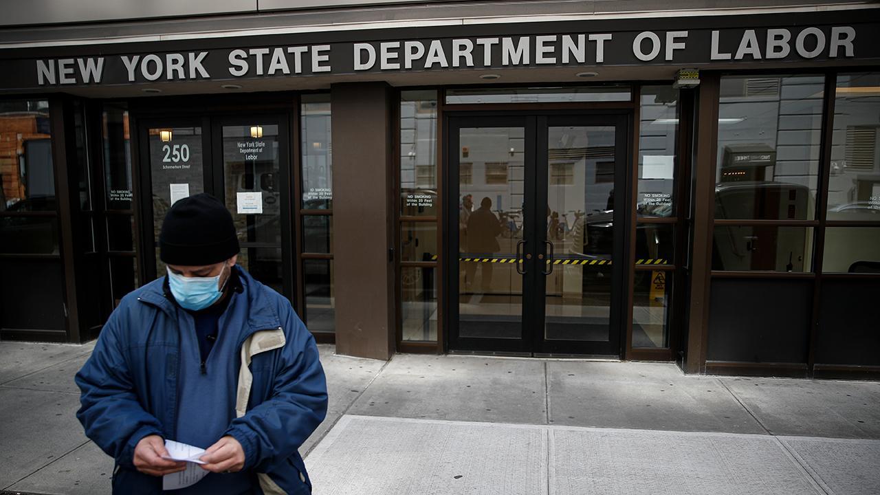 FOX Business' Cheryl Casone breaks down initial jobless claims amid the coronavirus pandemic.