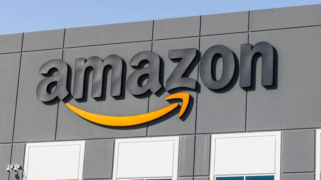 FOX Business' Susan Li explains a recent Wall Street Journal report alleging Amazon abused its position as the leading online marketplace by using third-party seller data to make private-label products.