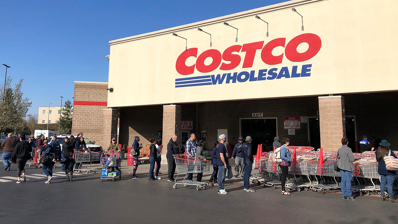Costco is teaming up with Instacart to launch a pharmaceutical delivery service. FOX Business' Lauren Simonetti with more.