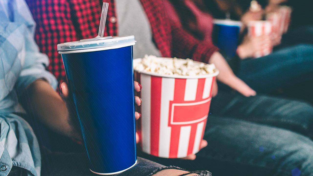 Fox News' Phil Keating discusses how drive-in movie theaters in Florida are making a comeback during the coronavirus pandemic.