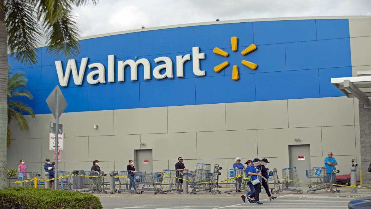 Walmart is changing the way customers shop to adhere to social distancing policies and keep shoppers safe. FOX Business' Jeff Flock with more.