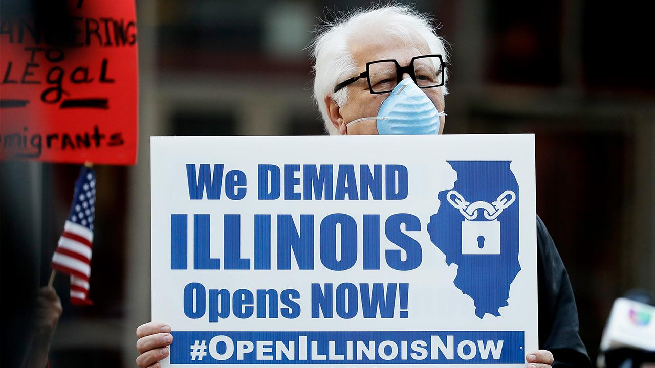 Protestors in Chicago don't like the one-size-fits-all approach on lockdowns and want the decision to reopen left up to individual businesses. Fox News' Mike Tobin with more.
