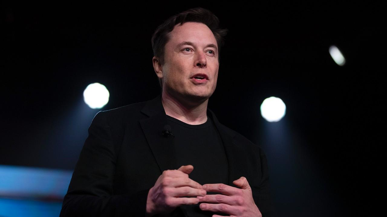 Tesla CEO Elon Musk tweeted that the Tesla stock price is too high and urged the economy to reopen. FOX Business' Susan Li with more.
