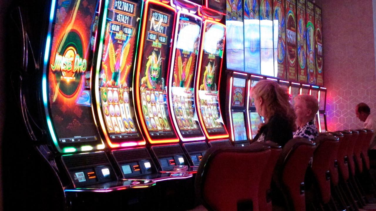 Gamblers drive hours and wait in lines, as casinos reopen amid coronavirus  | Fox Business