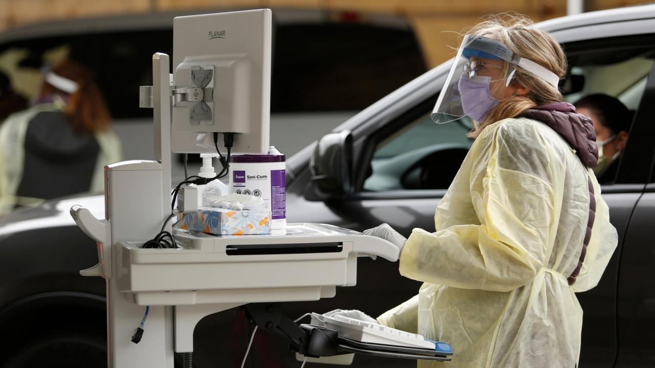 CDC was slow at responding to coronavirus: Dr. Marc Siegel