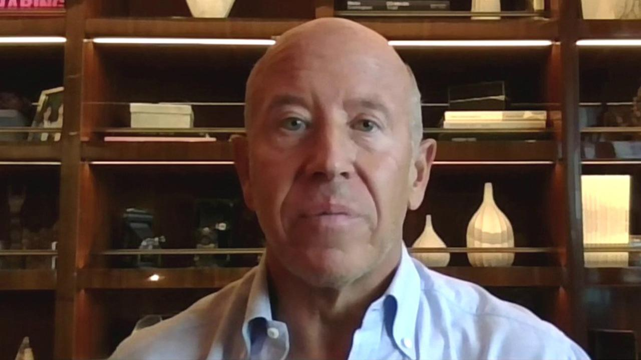Starwood Capital Group CEO and Chairman Barry Sternlicht discusses the coronavirus' impact on the travel industry and an increase in vacation home bookings.