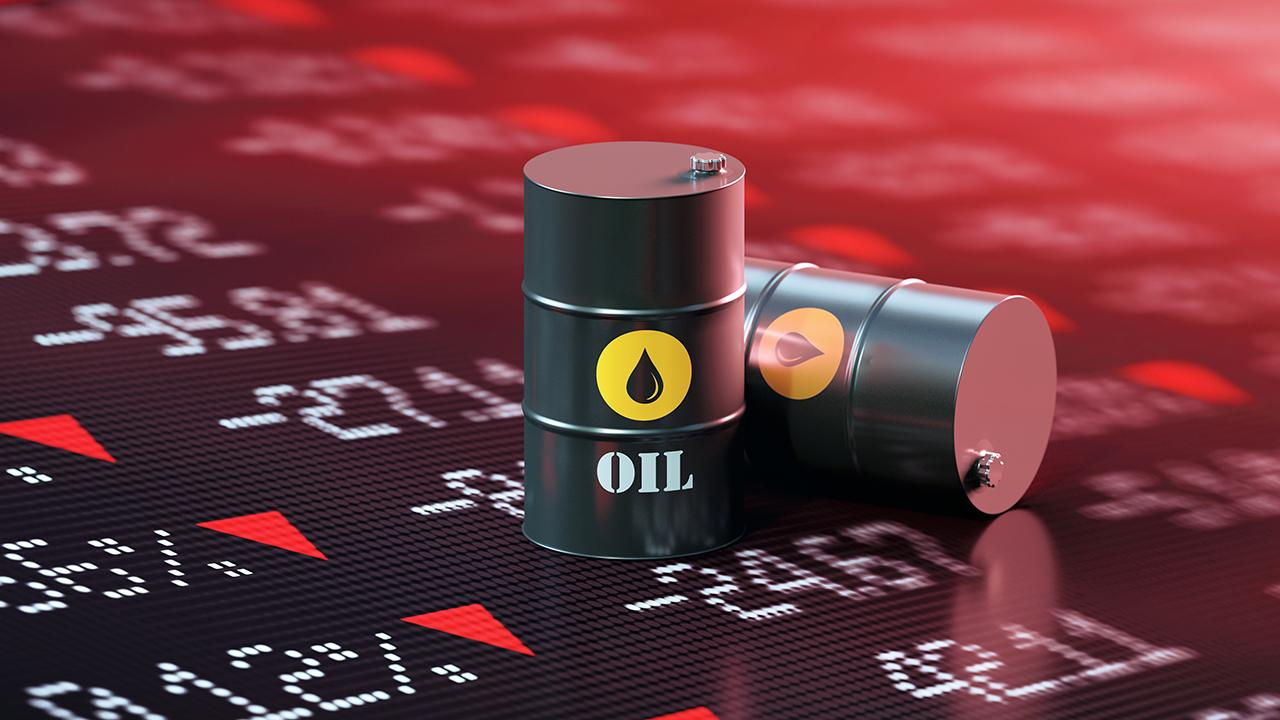 OPIS energy analyst Tom Kloza argues oil prices will recover next year.