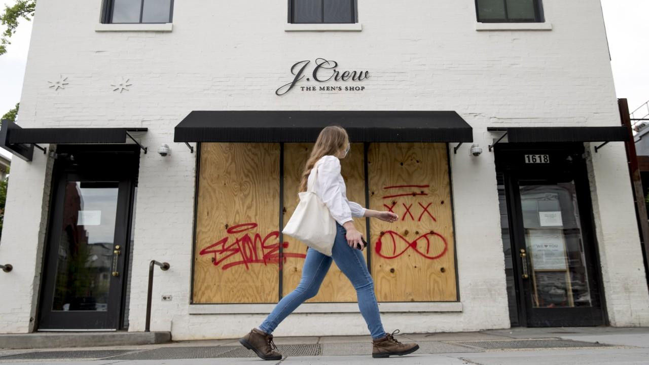 Clothing company  J. Crew becomes the first major retailer to file for bankruptcy during coronavirus. FOX Business' Lauren Simonetti with more.