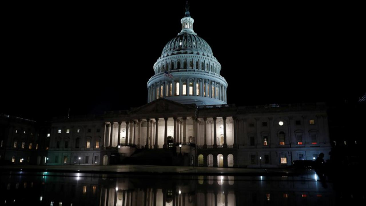 FOX Business' Charlie Gasparino breaks down congressional leaders' discussions for a roughly $1 trillion stimulus plan reportedly expected to come in mid-June.