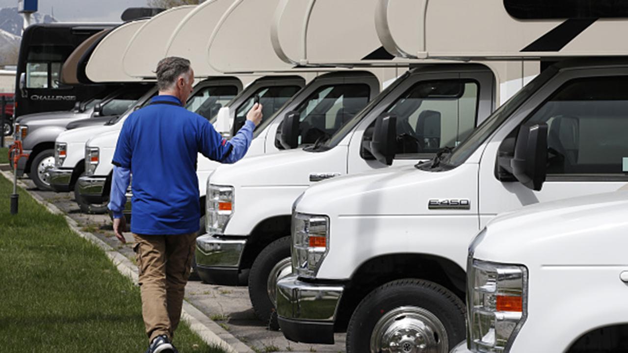 Outdoorsy CEO Jeff Cavins says his RV booking company has seen a huge increase amid coronavirus reopenings.