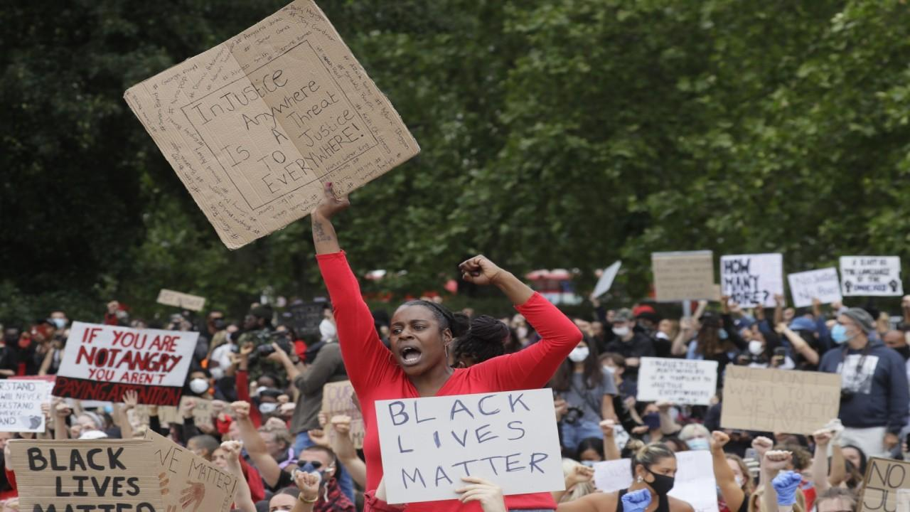 London protesters congregate at Hyde Park to protest international racial injustice. Fox News correspondent Greg Palkot with more.