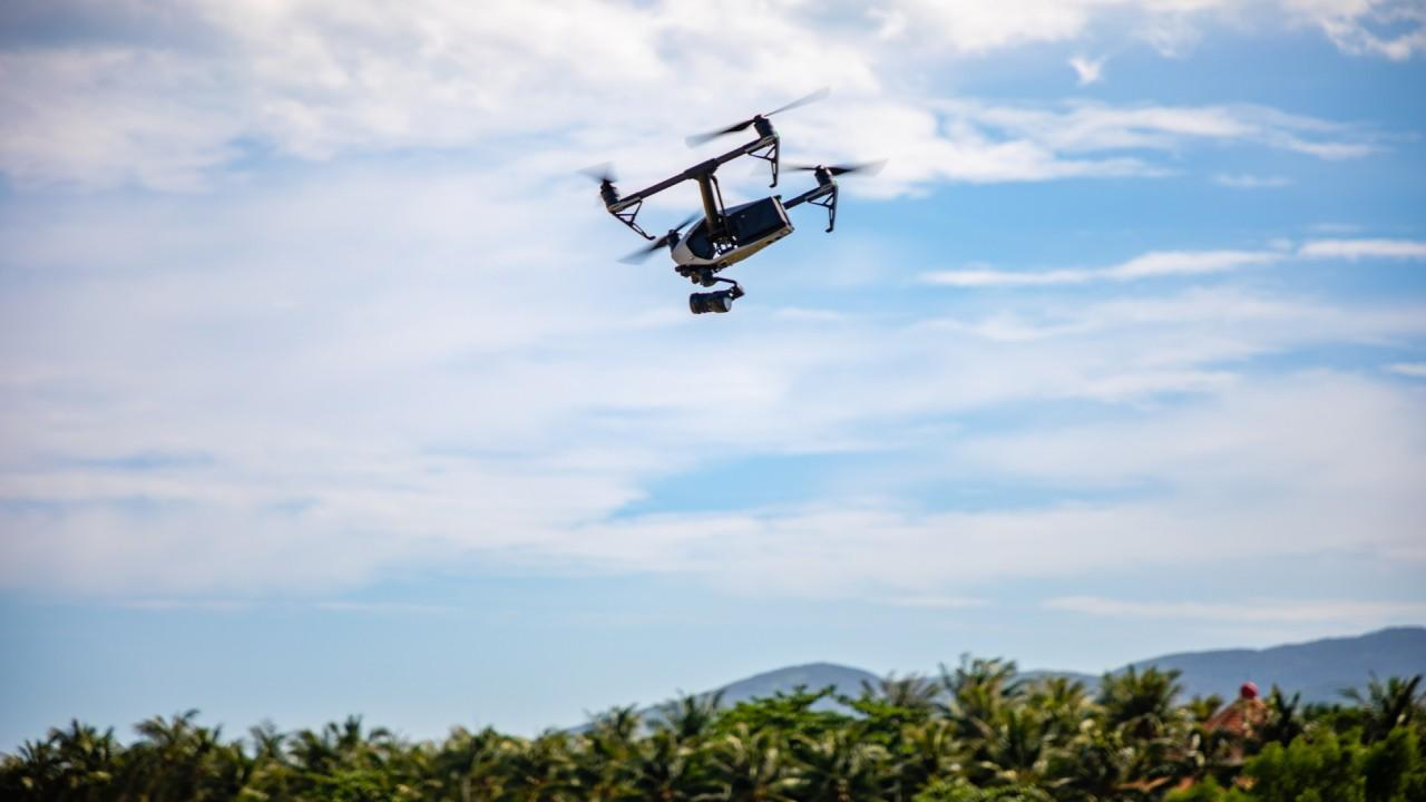 Flymotion CEO and co-founder Ryan English discusses enforcing drone technology in Daytona Beach, Florida to manage coronavirus spread among residents.