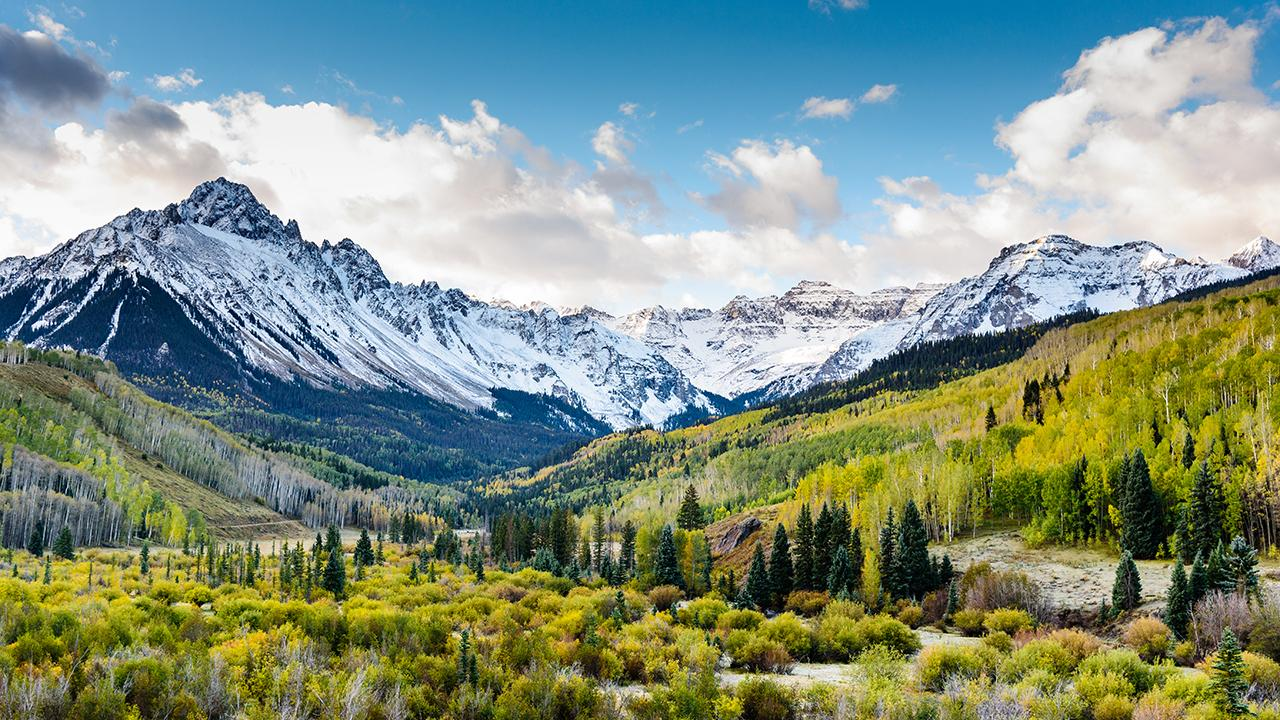 A treasure chest hidden in the Rocky Mountains in 2010, part of a campaign to get more people to spend time outdoors, has been found. FOX Business' Cheryl Casone with more.
