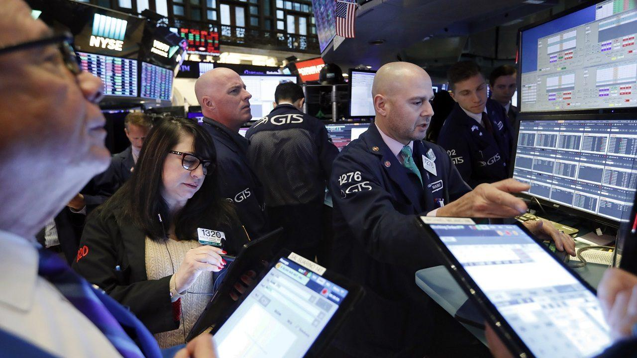 Fundstrat Global Advisors managing partner and head of research Tom Lee says whether investors are exploring credit, yield curves or equities, they must be constructive in the stock market.