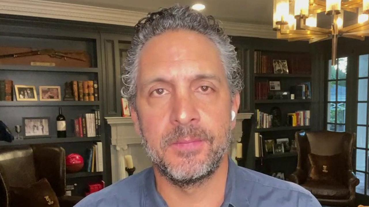 The Agency founder Mauricio Umansky argues that the coronavirus pandemic has resulted in a shift in buying behavior and supply and demand curves have picked up.
