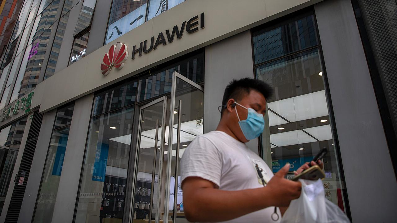 The Heritage Foundation's Nile Gardiner says the U.K. banning China's Huawei could be the 'beginning of the end' for the company's presence in Europe.