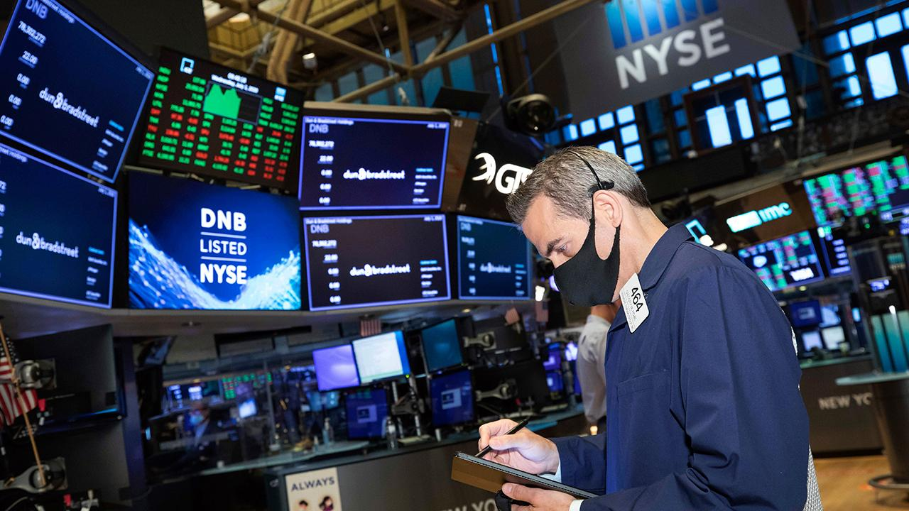 Divine Capital CEO Dani Hughes and BNY Mellon chief investment strategist Alicia Levine provide insight into which stocks are driving recent market rallies.