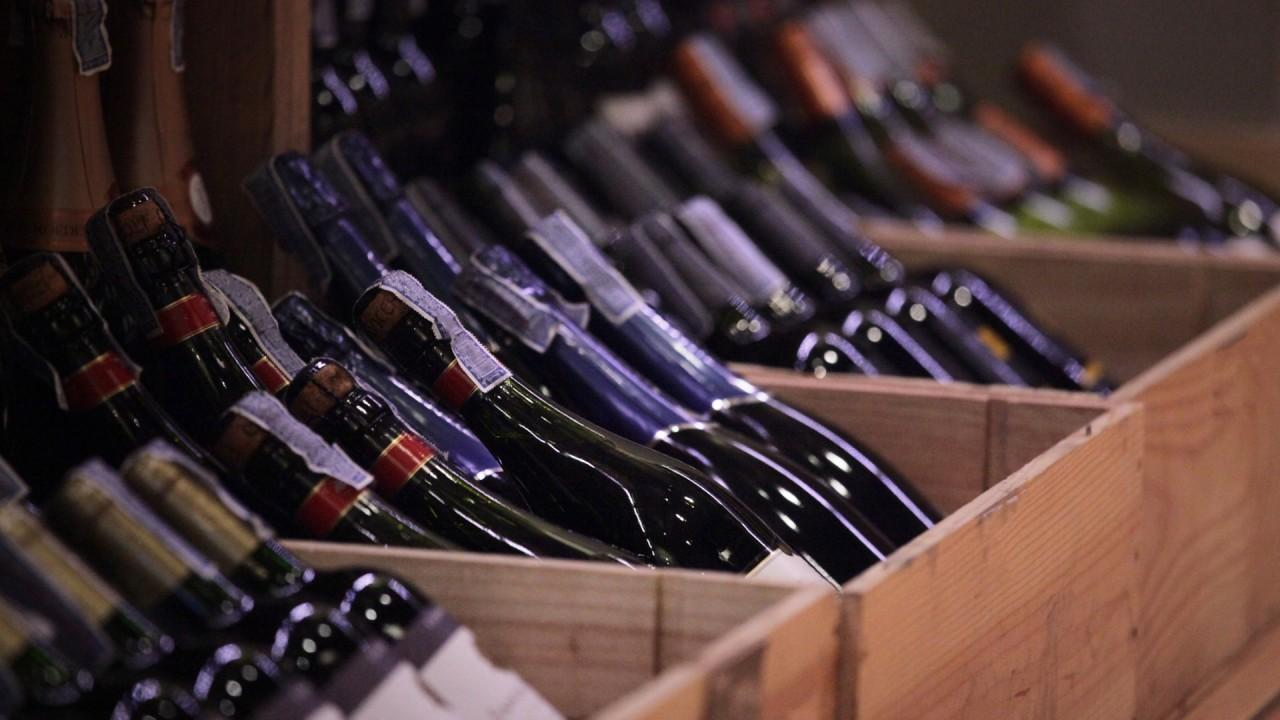 FOX Business' Kristina Partsinevelos reports on how tumbling restaurant sales during the coronavirus pandemic have hurt the wine industry.<br>​​​​​