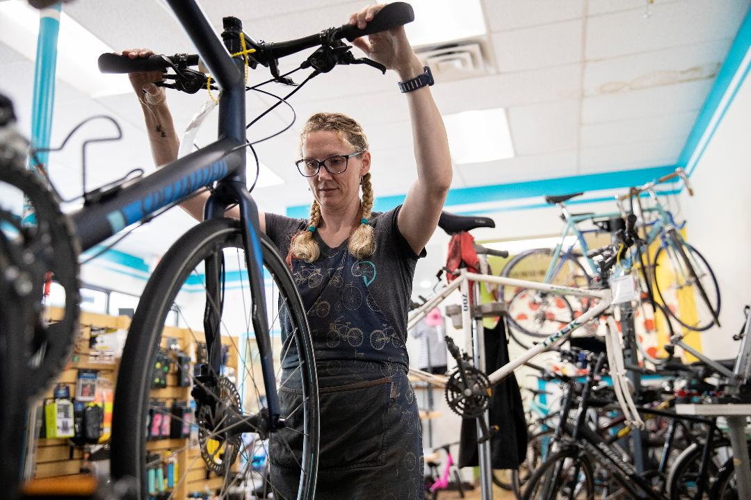 FOX Business' Grady Trimble reports on how bicycle shops are seeing shortages as sales surge across the United States during the coronavirus pandemic.
