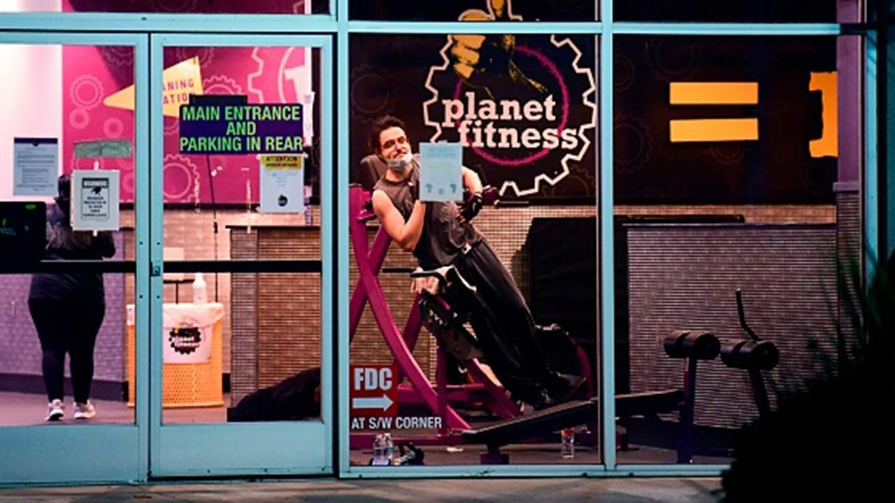 Planet Fitness CEO Chris Rondeau discusses the need to keep Americans healthy and reopen gyms during the coronavirus pandemic.