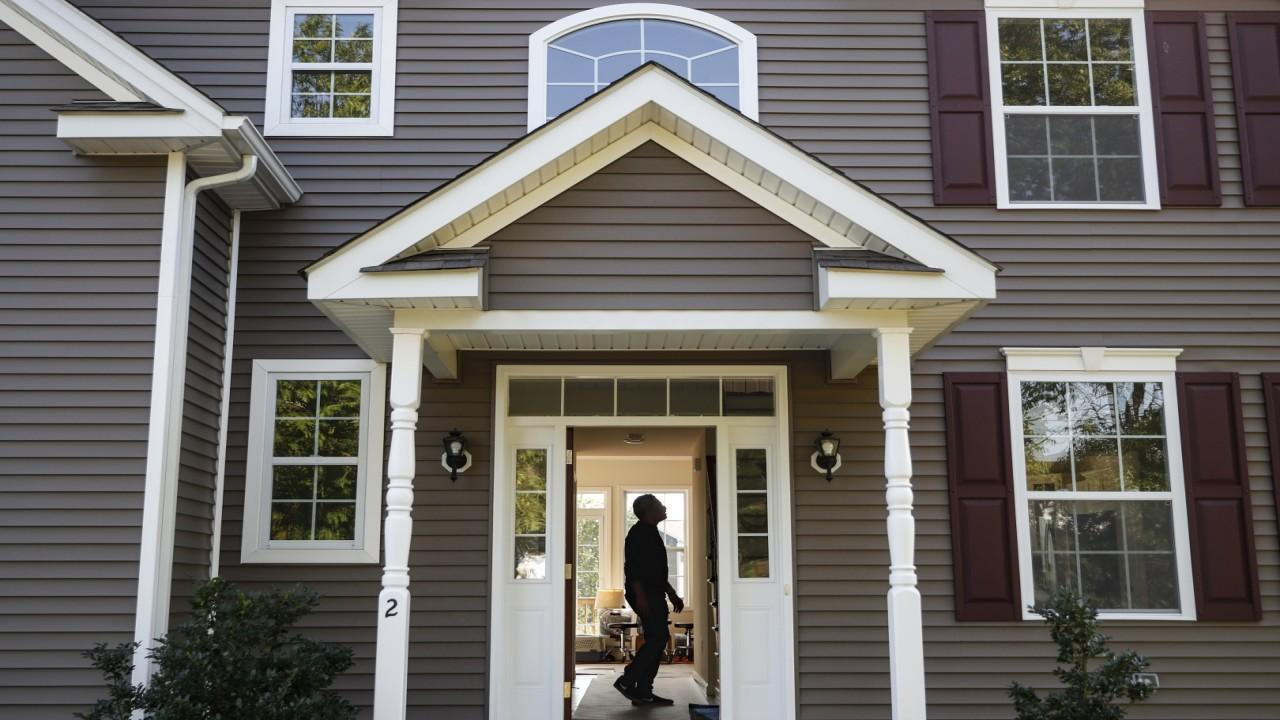 Realtors are investing in coronavirus-safe homes as the future of real estate. FOX Business' Gerri Willis with more.