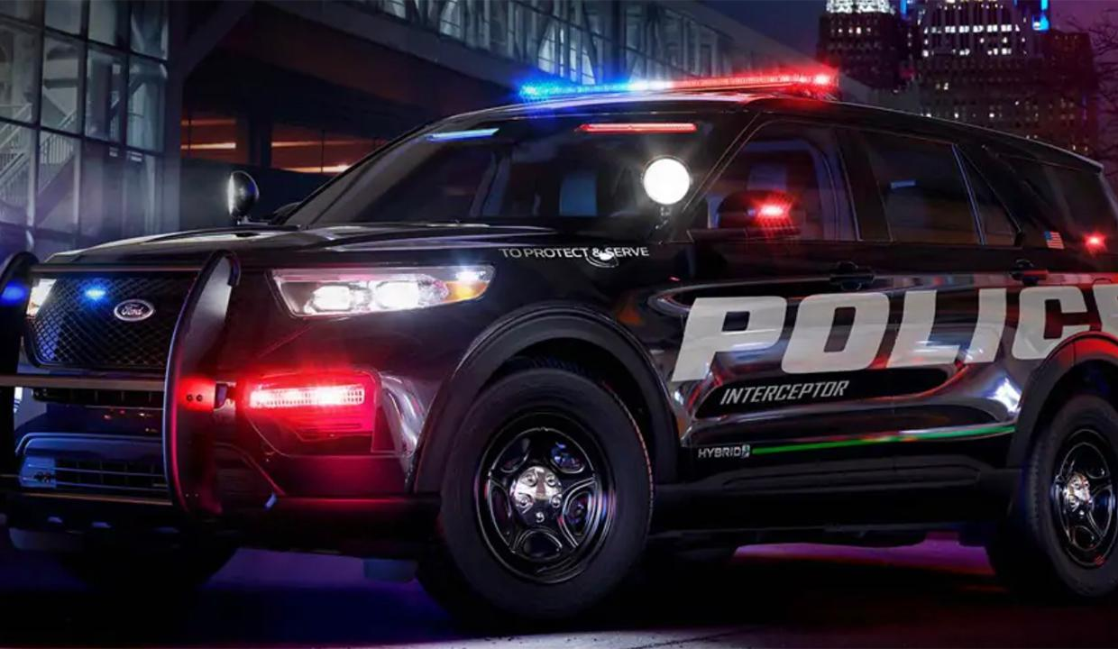 Ford CEO Jim Hackett has responded to criticism about his company producing police vehicles. FOX Business' Lauren Simonetti with more.