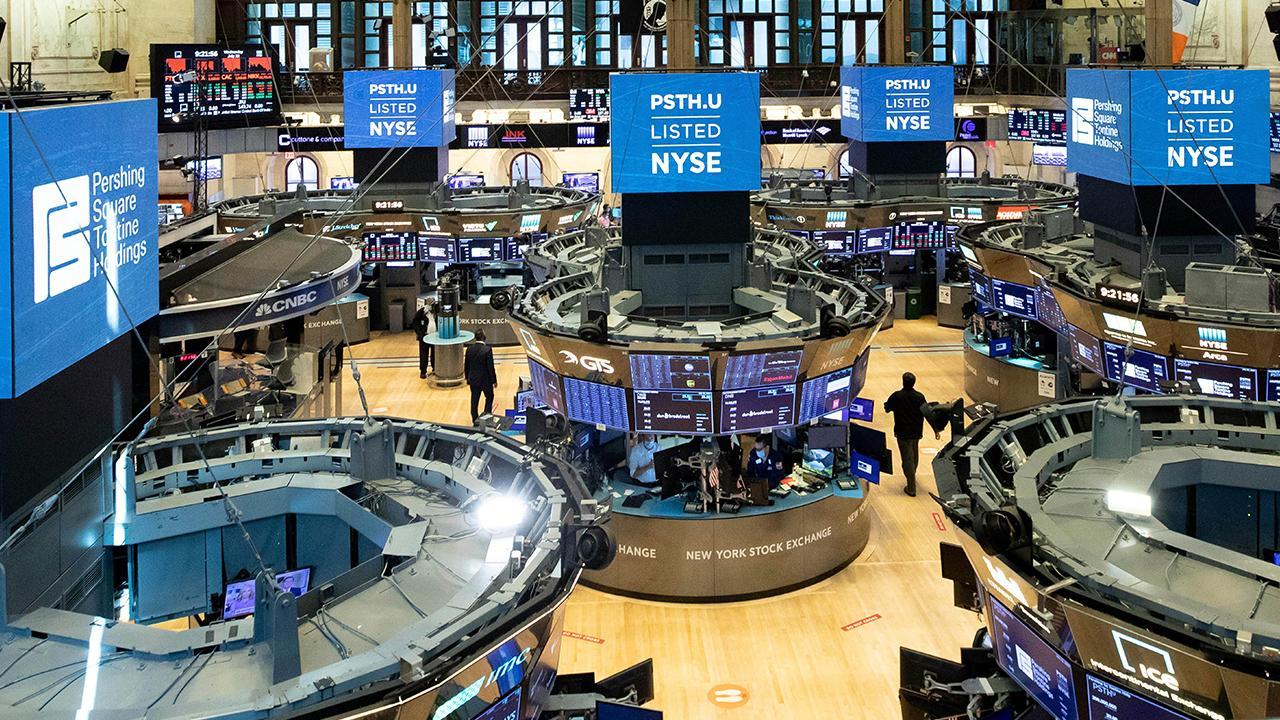 Ladenburg Thalmann Asset Management CEO Phil Blancato shares tips on investment opportunities amid coronavirus markets.