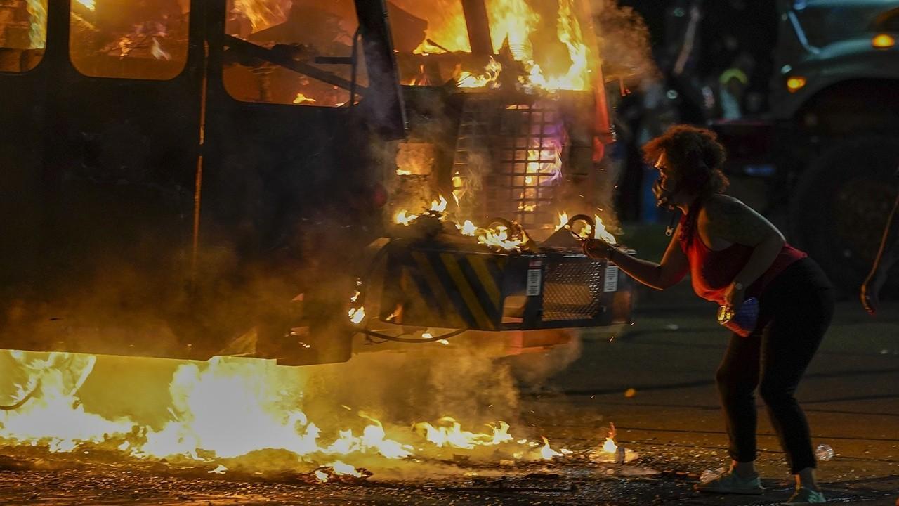 Former 2016 presidential candidate Scott Walker on violent Wisconsin riots.