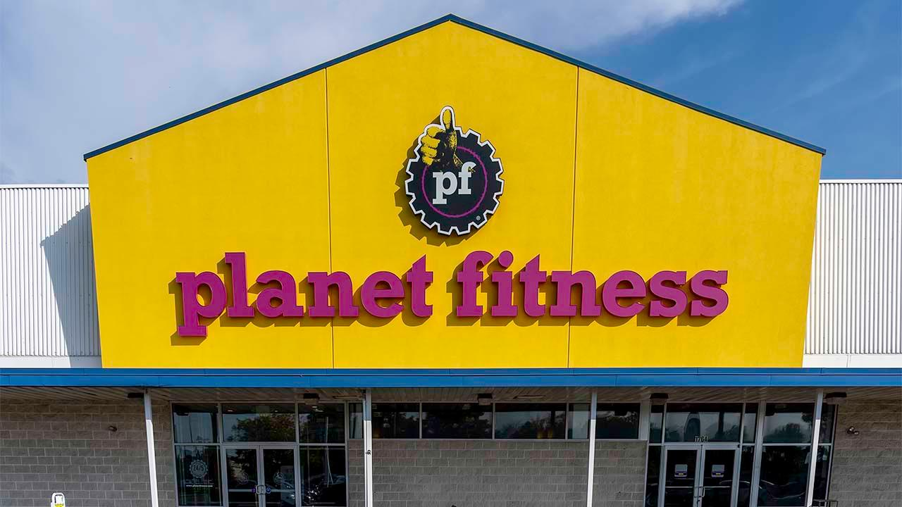 Planet Fitness CEO Chris Rondeau on getting customers and workers back into gyms safely and how the coronavirus is changing how Americans work out.