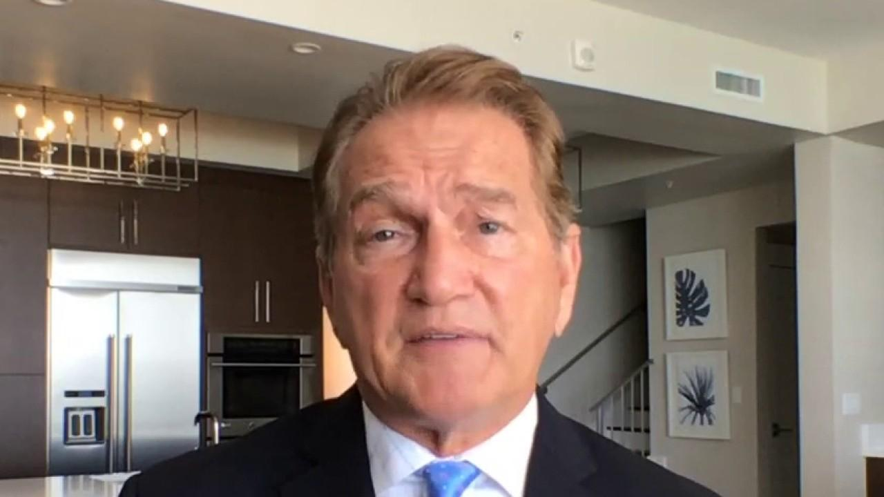 Former Super Bowl champion Joe Theismann says that he is glad some states will give NFL teams the chance to play in front of fans. He also discusses Herschel Walker praising President Trump at the Republican National Convention and his call for athletes to stand during the national anthem.