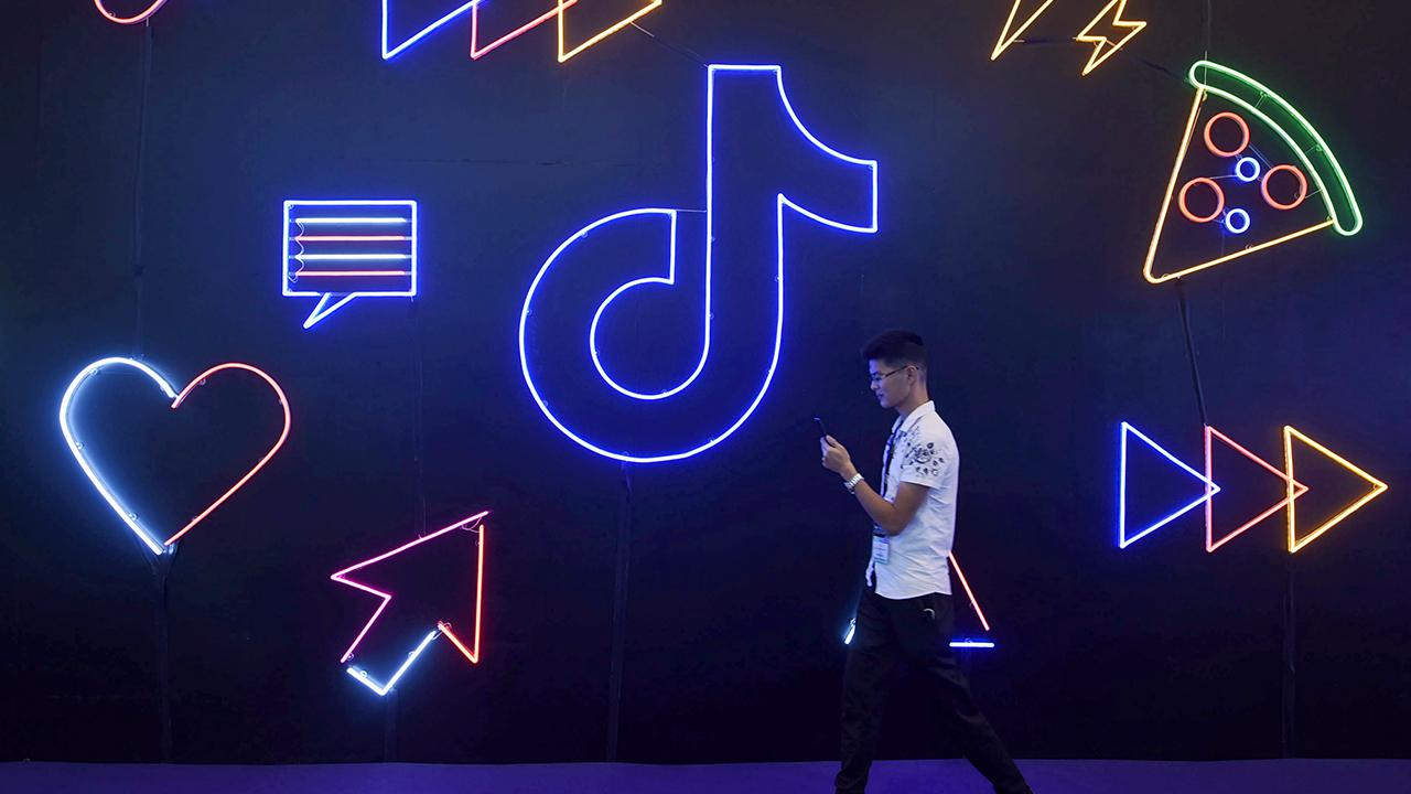Sources tell FOX Business' Charlie Gasparino TikTok continues to negotiate with Microsoft, which may also be interested in buying TikTok U.K., but people at the company say other potential buyers remain.