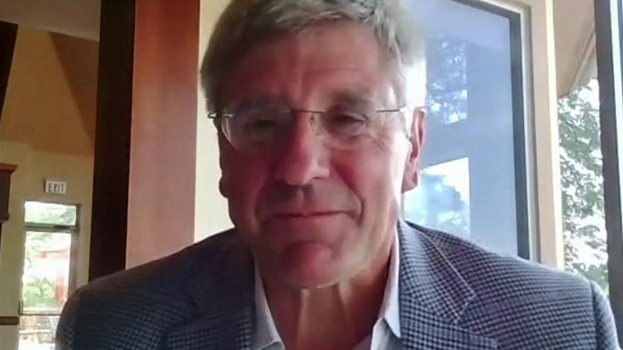 FreedomWorks economist Steve Moore weighs in on unemployment numbers, economic recovery, a payroll tax suspension and the national debt.