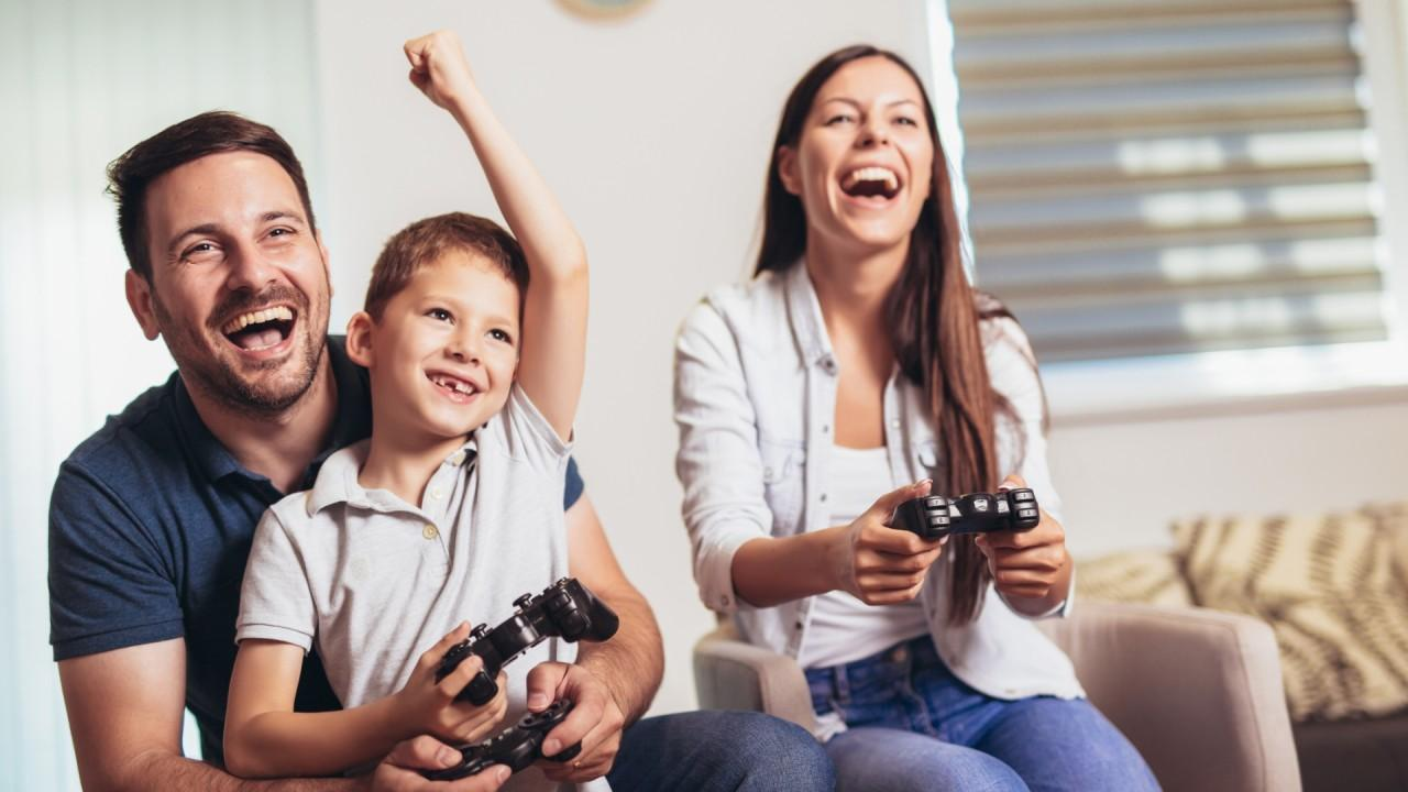 Needham & Company senior analyst Laura Martin explains why video game sales skyrocketed during the pandemic, including the lack of live sports, and sees the video game industry will continue to increase in revenue.