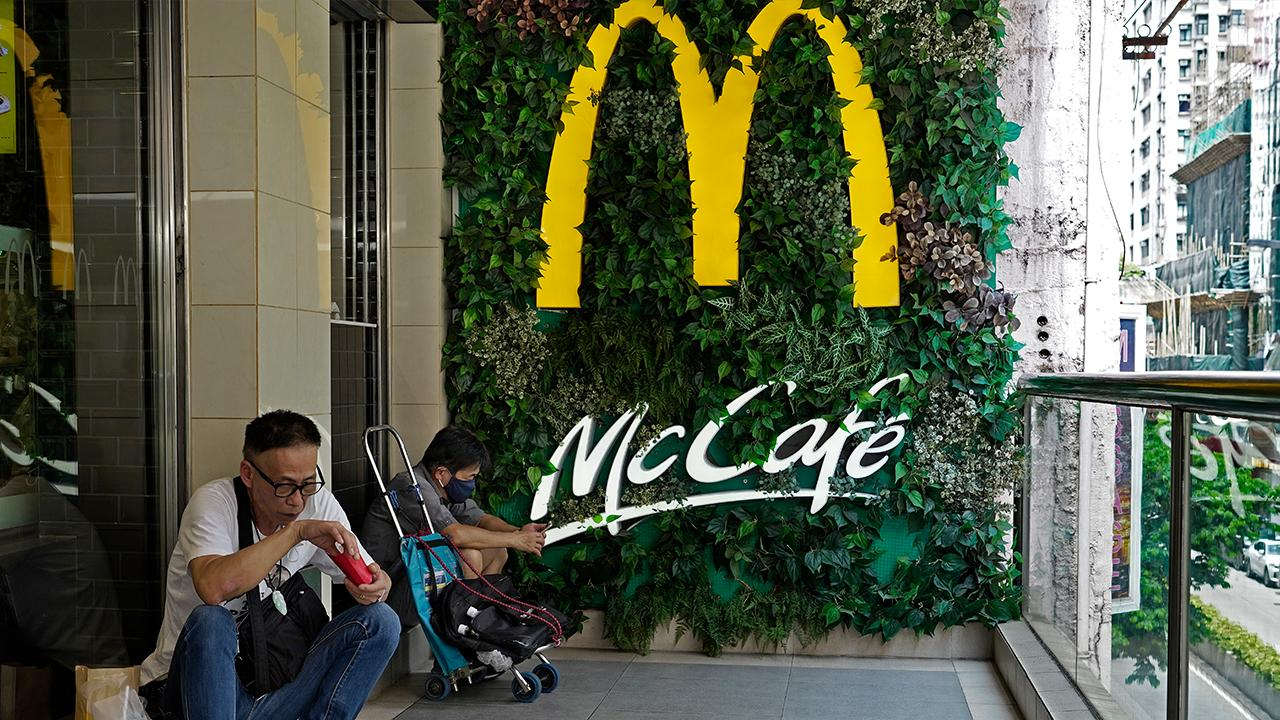 Mcdonald S Travis Scott Partnership Launches Rapper S Favorite Meal Hits Menus Fox Business