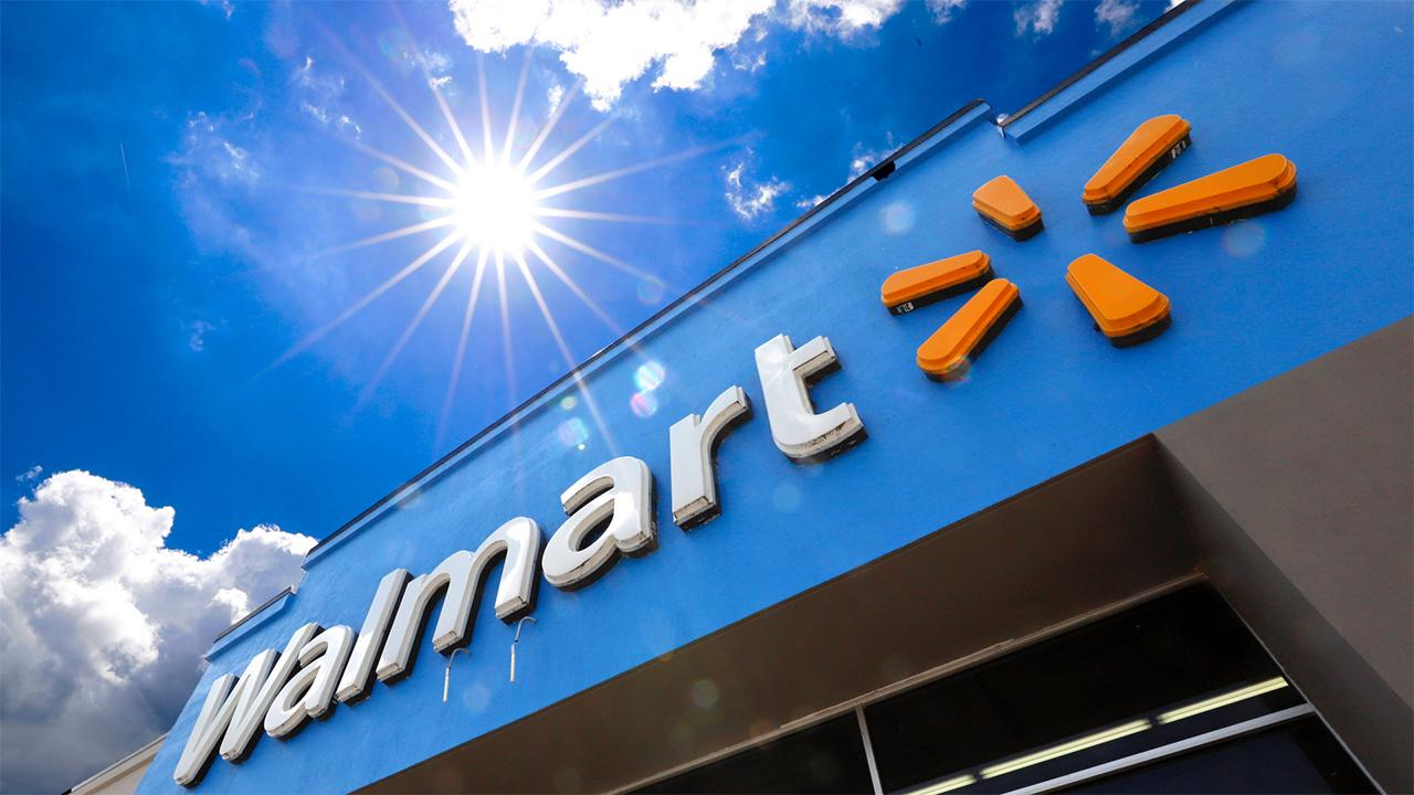 Fox Business Briefs: Over 4,000 Walmart stores are extending their hours by 90 minutes after cutting them in March due to the coronavirus pandemic; Domino's Pizza looking to fill 20,000 positions.
