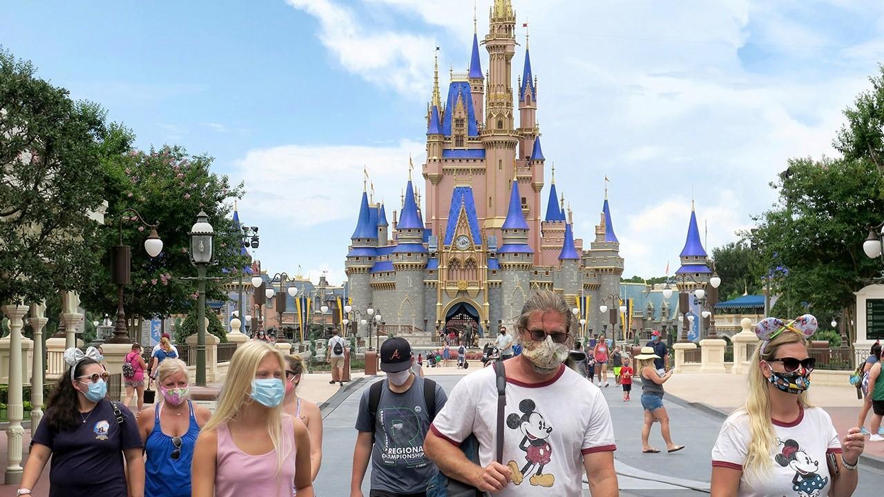 FOX Business' Kristina Partsinevelos reports on the latest Disney earnings report. Then, FoxNews.com columnist Liz Peek and Capitalist Pig Hedge Fund founding member Jonathan Hoenig add their analysis.