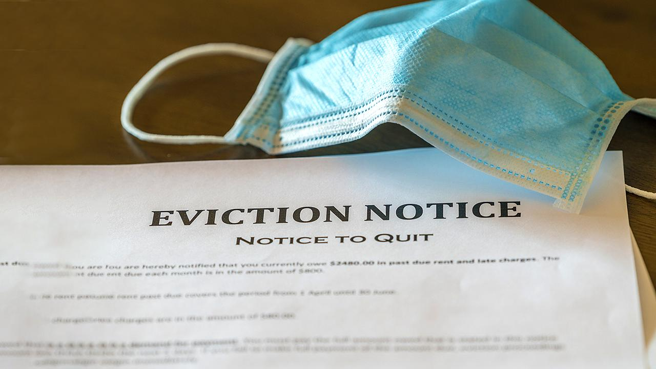 FOX Business' Gerri Willis on how the new ban on evictions is impacting landlords.