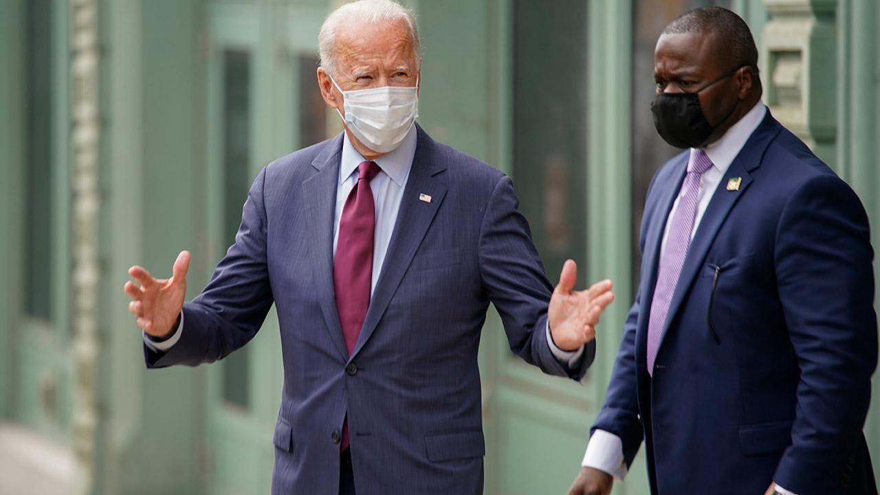 Former Chase chief economist Anthony Chan argues some experts are saying that a Biden presidency would be good for the U.S. economy because they think it would bring additional coronavirus stimulus.