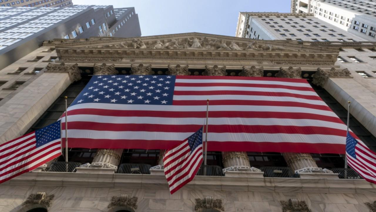 Former Chase chief economist Anthony Chan discusses the presidential election's impact on the economy.