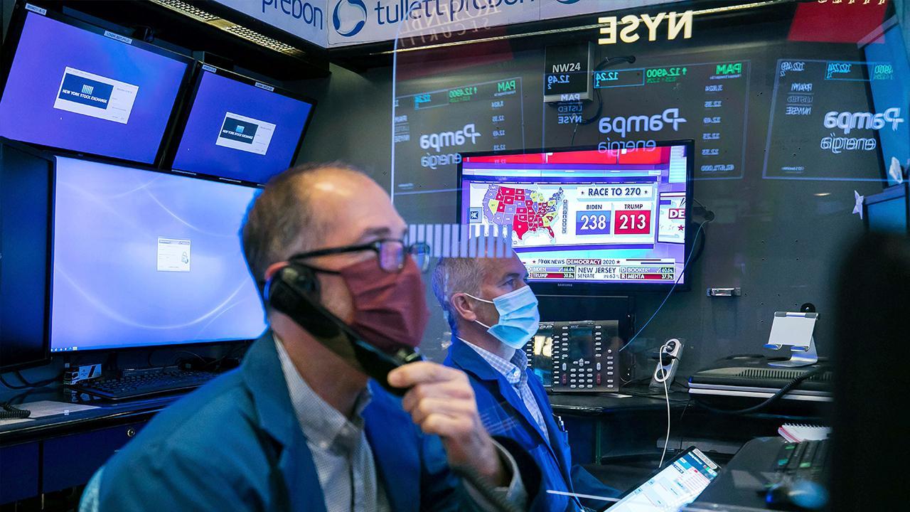 Mayflower Advisors managing partner Larry Glazer on whether investors should get into travel and retail stocks after the Pfizer coronavirus vaccine news.