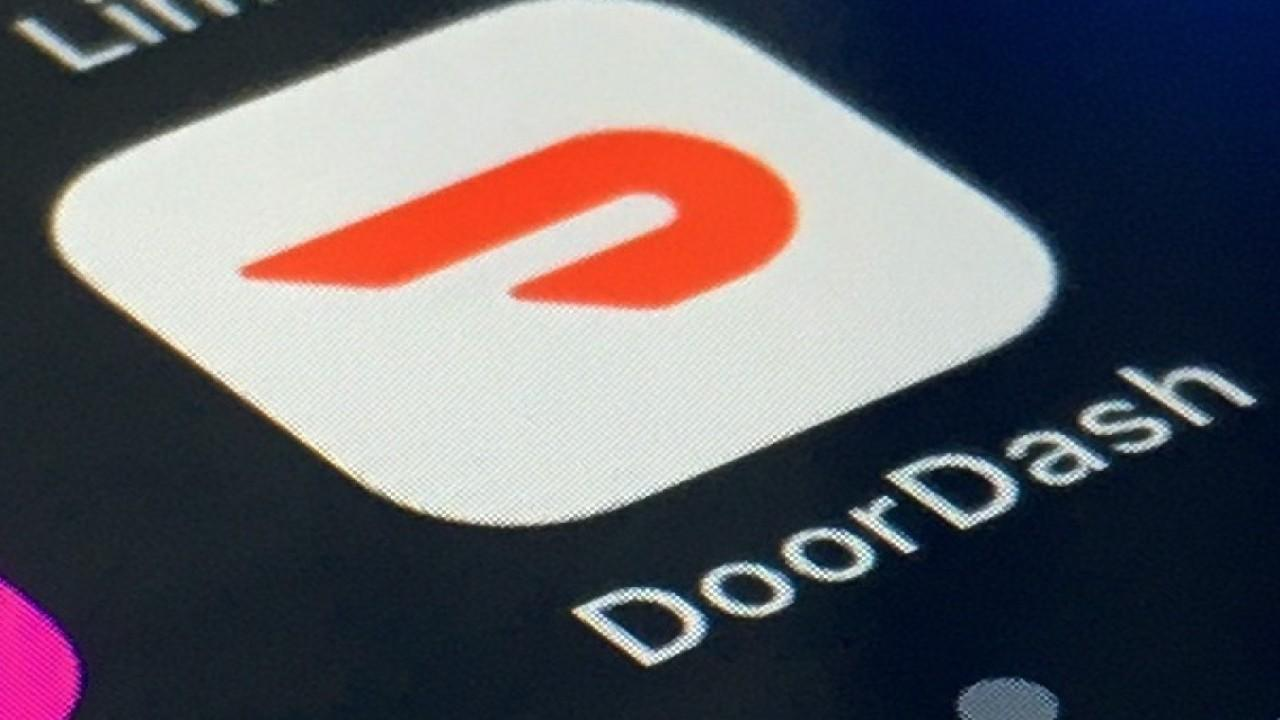 DoorDash is expected to begin trading on the New York Stock Exchange on Wednesday. FOX Business' Susan Li and Lauren Simonetti with more.