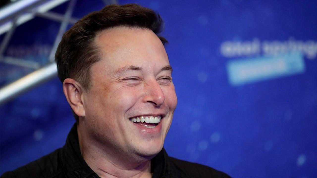 The Wall Street Journal editorial page assistant editor James Freeman weighs in on Tesla chief Elon Musk leaving California for Texas and taking his businesses with him, stimulus negotiations and New Yorkers' access to the coming coronavirus vaccine.