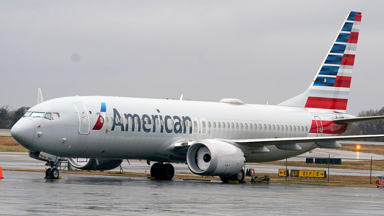 The Federal Aviation Administration has rescinded its grounding order for Boeing's 737 Max jet; FOX Business Grady Trimble with more.